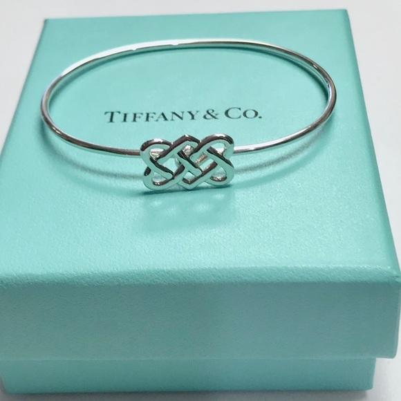 a0e8fddb9 Tiffany & Co Celtic Knot Vintage Bracelet. M_5bb53a252beb79e220319f11